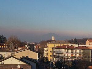 Lo strato di inquinamento che avvolge Cernusco (30 dicembre 2018)